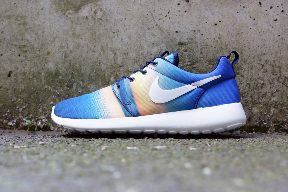 nike-roshe-run-summer-print-pack-closer-look-1