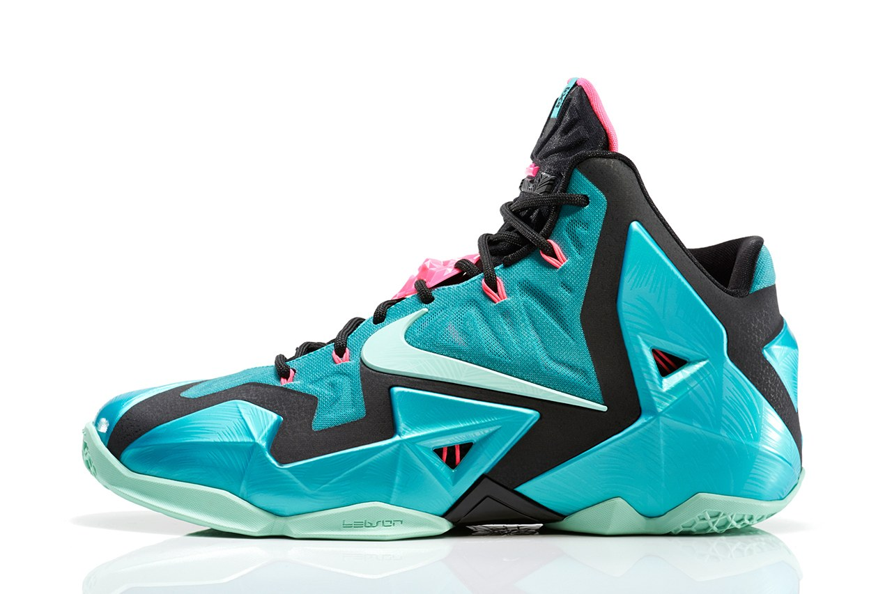 Nike Lebron James 11 « South Beach »
