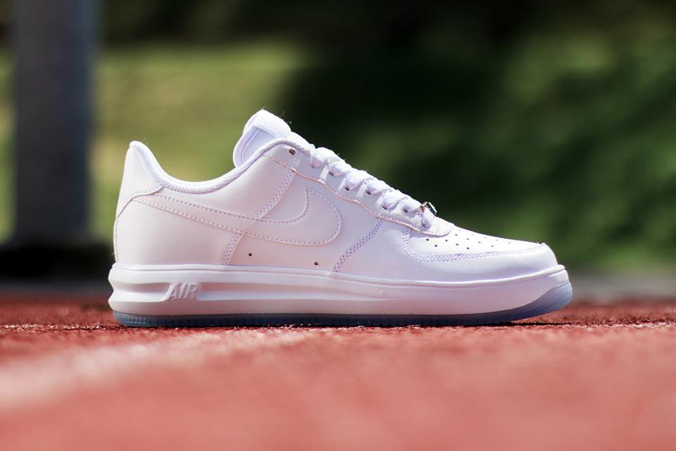 Nike Lunar Force – été 2014