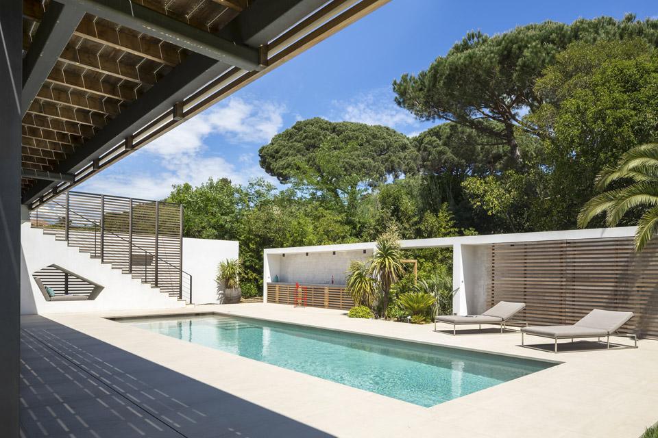 Maison L2 à Saint-Tropez par Vincent Coste