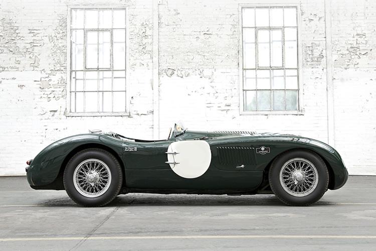 Montez à bord d'une Jaguar de légende !
