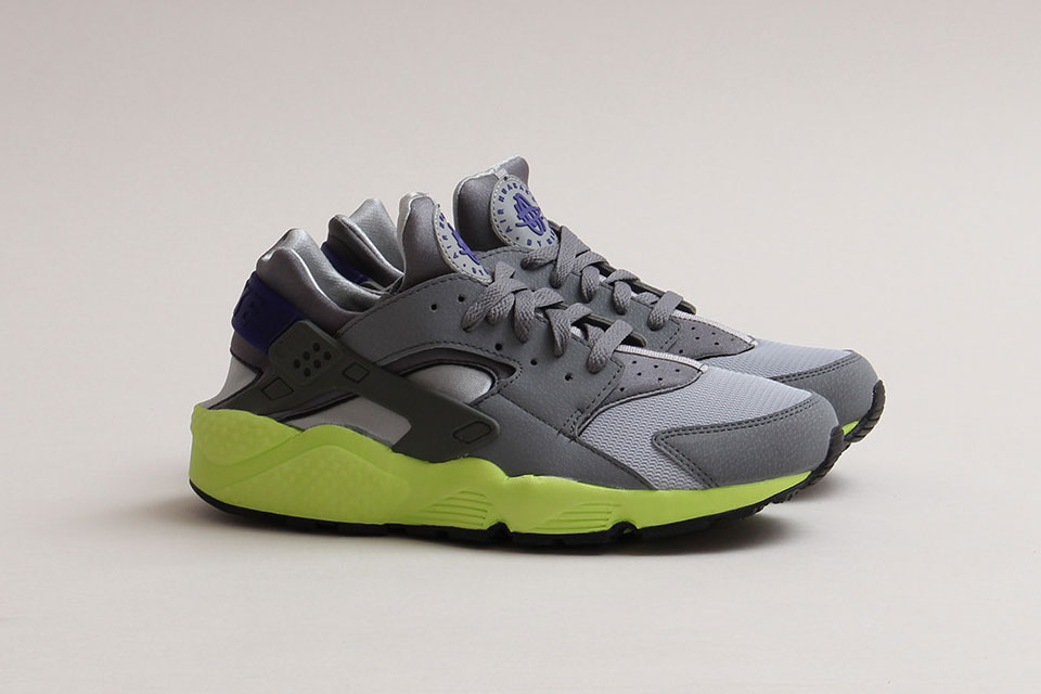 nike-air-huarache-wolf-grey-cl-grey-volt-1