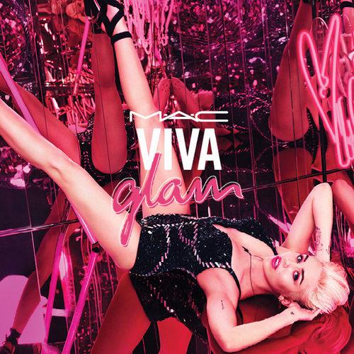 Miley Cyrus pour Viva Glam 2015