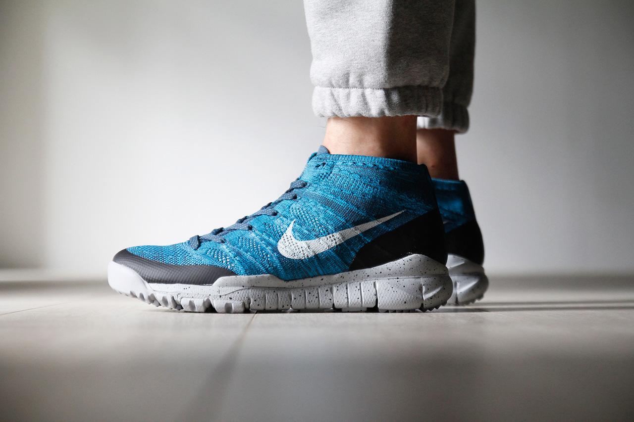 Nike Flyknit Trainer Chukka FSB «Squadron Blue»
