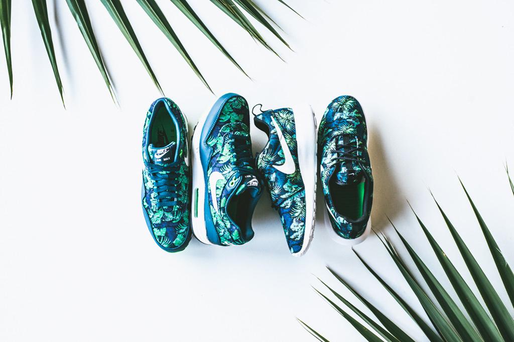 "Nike ""Space Blue"" Pack"