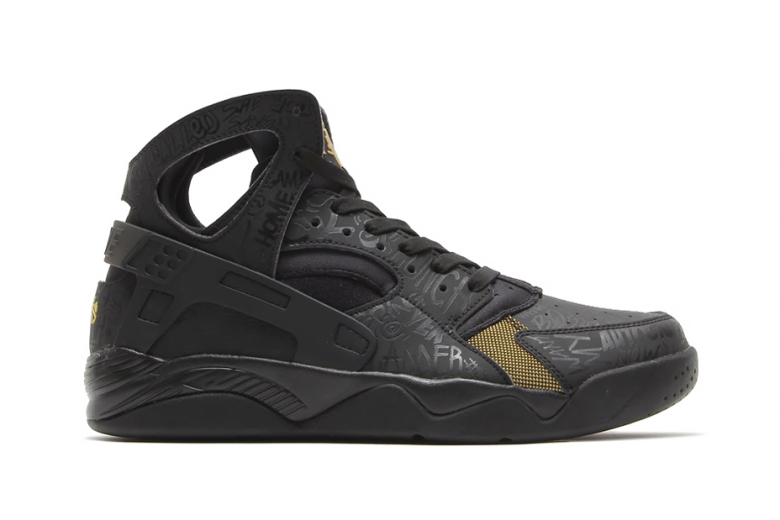"Nike Air Flight Huarache PRM QS ""Trash Talking"""