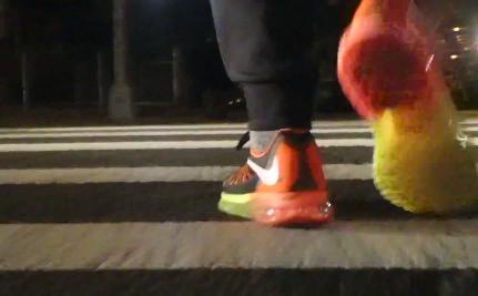 La Nike Air Max 2015 vue … des pieds d'un New Yorkais