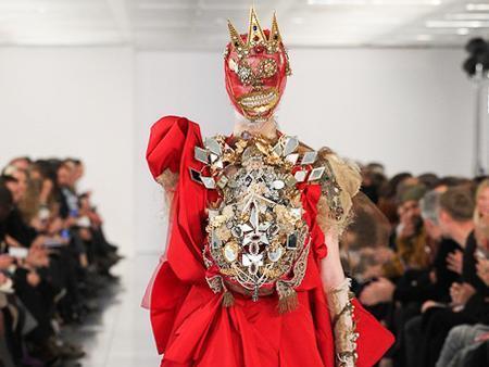 Le défilé haute-couture printemps-été 2015 de Maison Martin Margiela : le retour en grâce de John Galliano