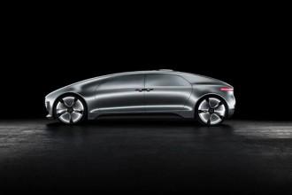 Mercedes-Benz présente sa F 015 Luxury in Motion au CES 2015