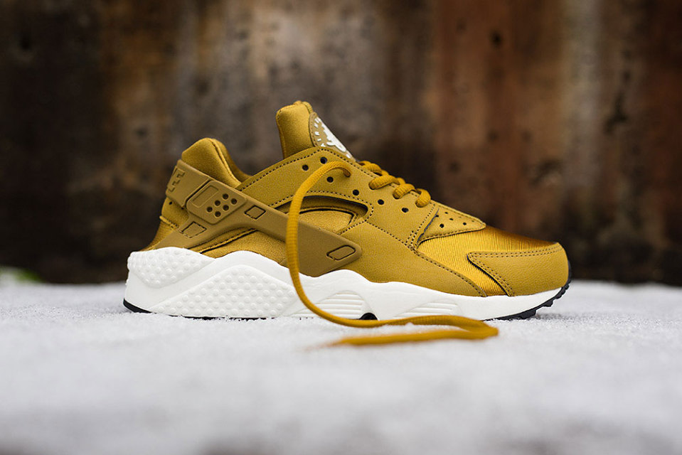 Nike Air Huarache Run «Bronzine»
