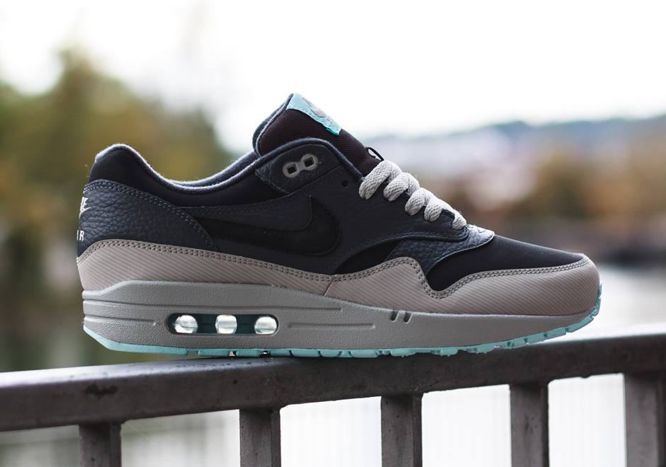 Nike Air Max 1 Leather – Dark Ash/Grey/Light Blue
