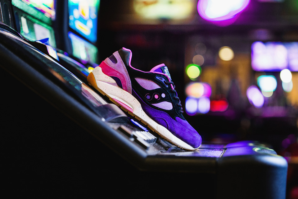 Feature x Saucony G9 Shadow 6 «The Barney»