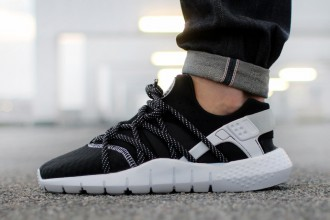 Nike-air-huarache-nm-black-white