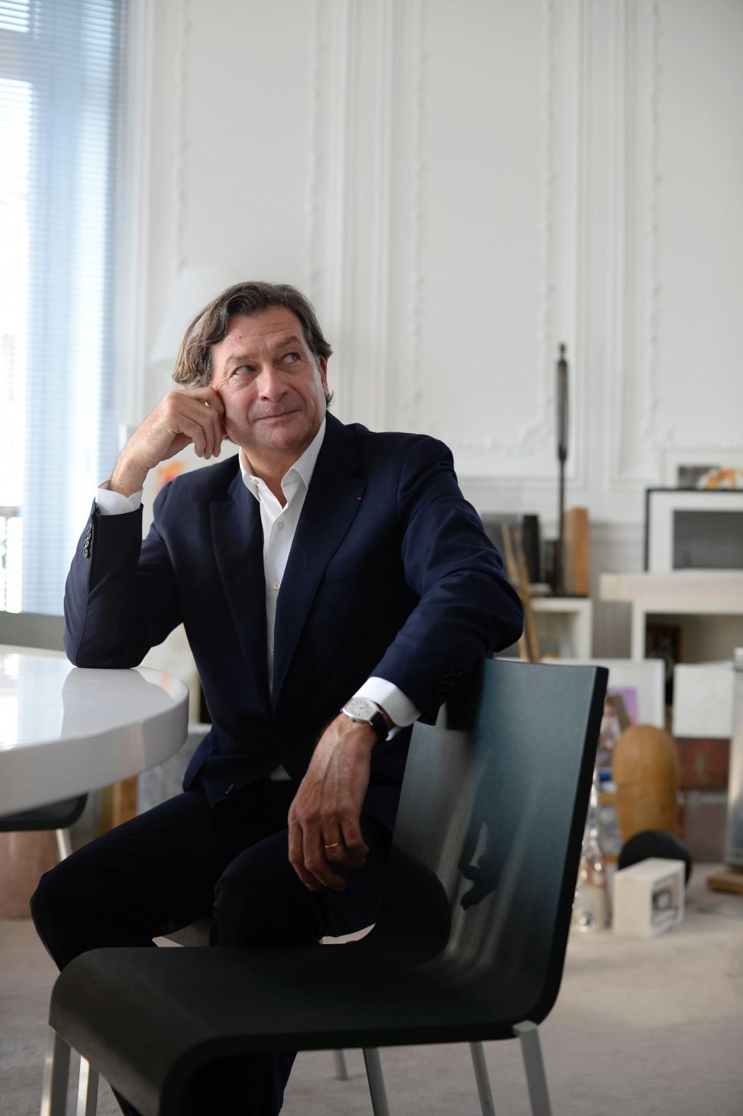 Bruno Moinard, design, architecture intérieure, scénographie, paris, André Putman, luxe, Cartier, Hermes, Plaza Athénée, Château Latour, Galeries Lafayette