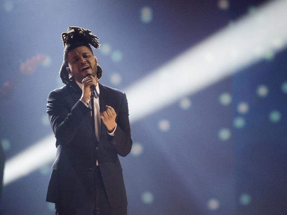 The Weeknd interprète «Earned It» au gala des prix Juno 2015
