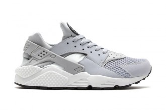 nike-air-huarache-wolf-grey-pure-platinum-black-white-1