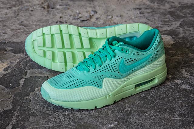 Nike Air Max 1 Ultra Moire «Green Glow / Vapor Green»