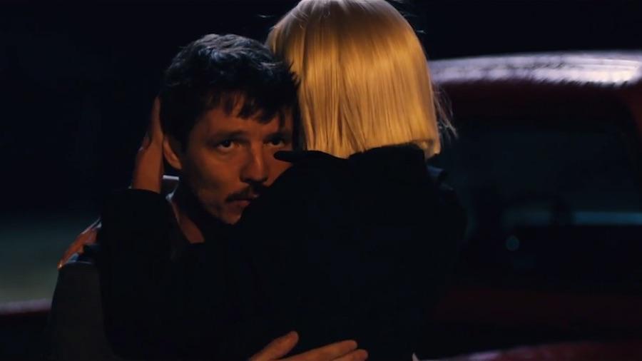 Sia invite Heidi Klum et Pedro Pascal pour Fire Meet Gasoline