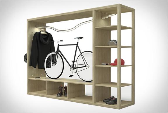 «Bike Shelf» par Vadolibero