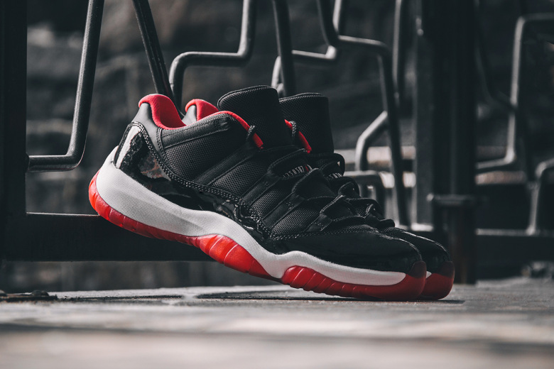 Air Jordan 11 Retro Low «True Red»