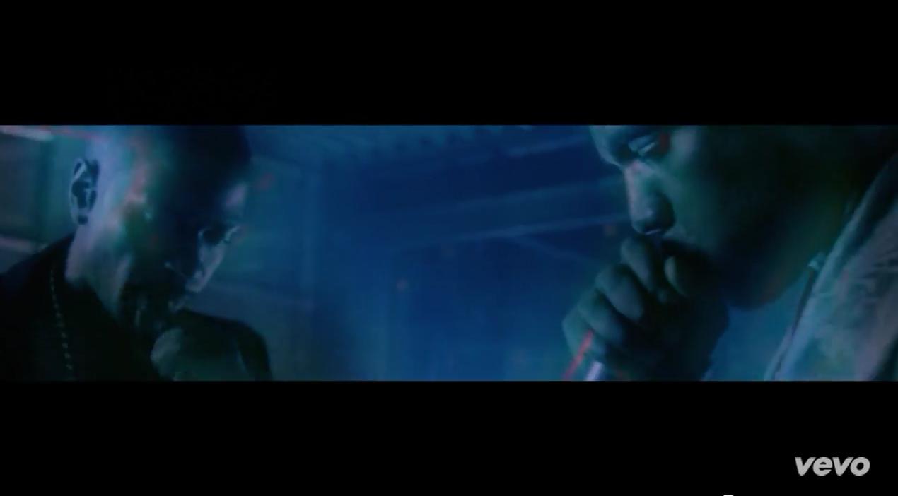 Big Sean et Kanye West ambiancent les foules dans All Your Fault