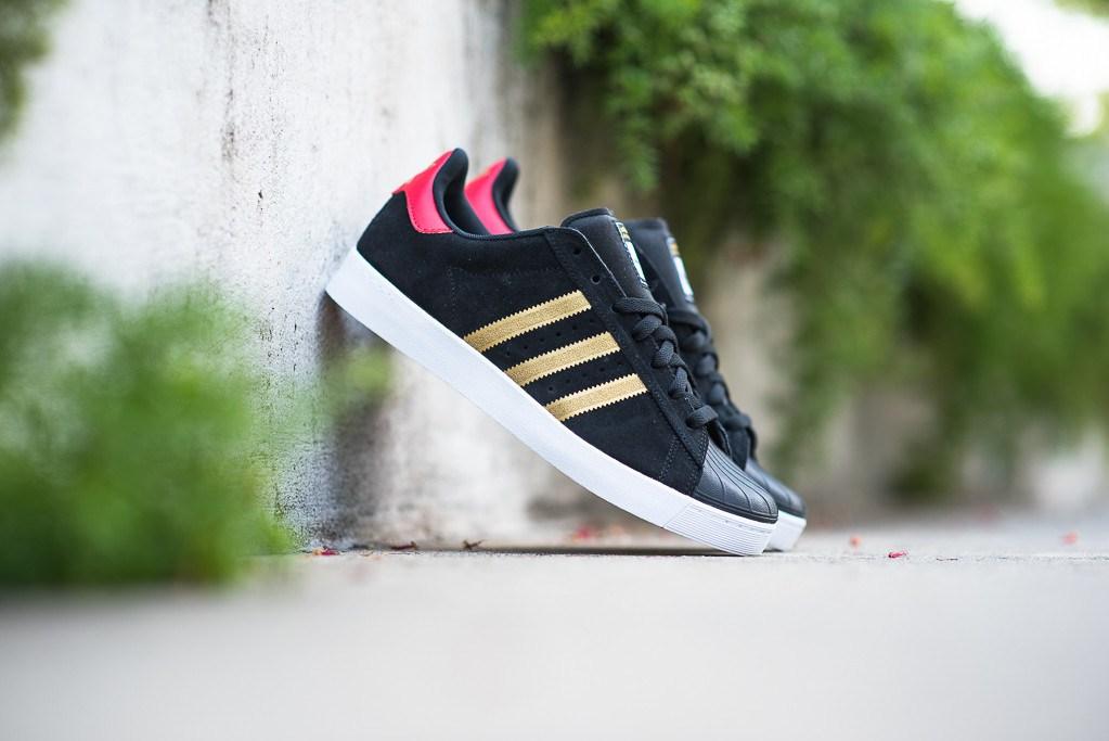 adidas Skateboarding s'empare de la Superstar pour l'édition Vulc ADV Black/Gold
