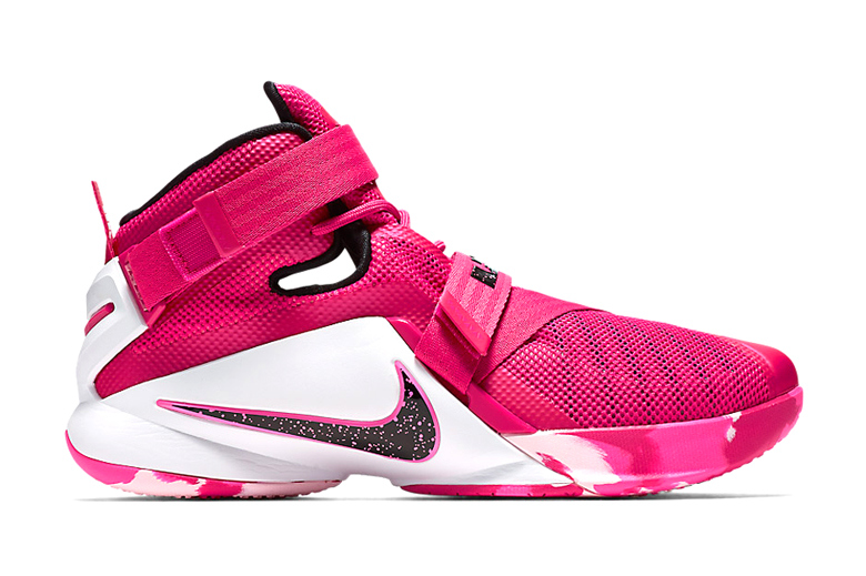 Nike LeBron Soldier 9 «Think Pink» : une sneakers pour la bonne cause