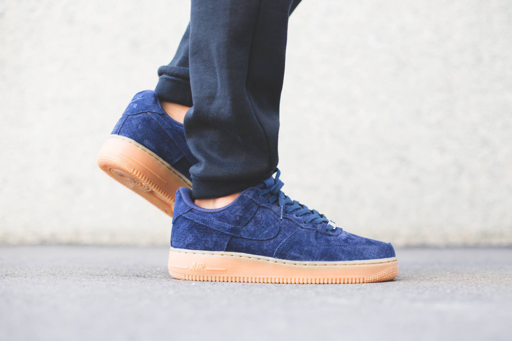 Nike WMNS Air Force 1 Low «Midnight Navy»