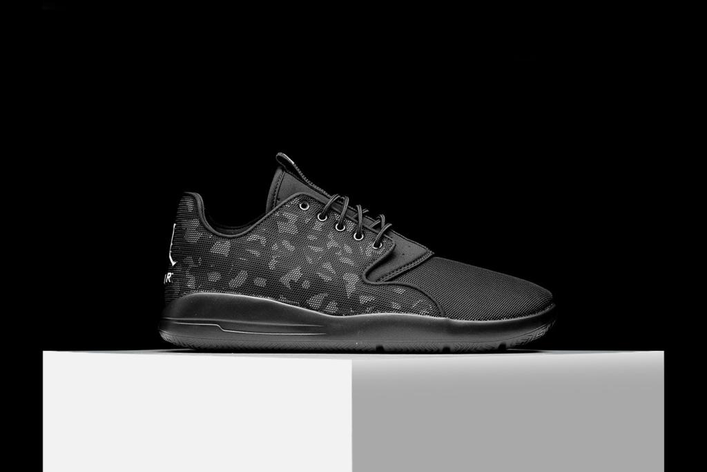 Aperçu de la Air Jordan Eclipse «Black Camo»