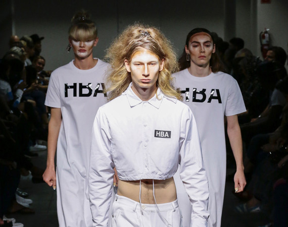Look androgyne et futuriste pour Hood by Air à New York