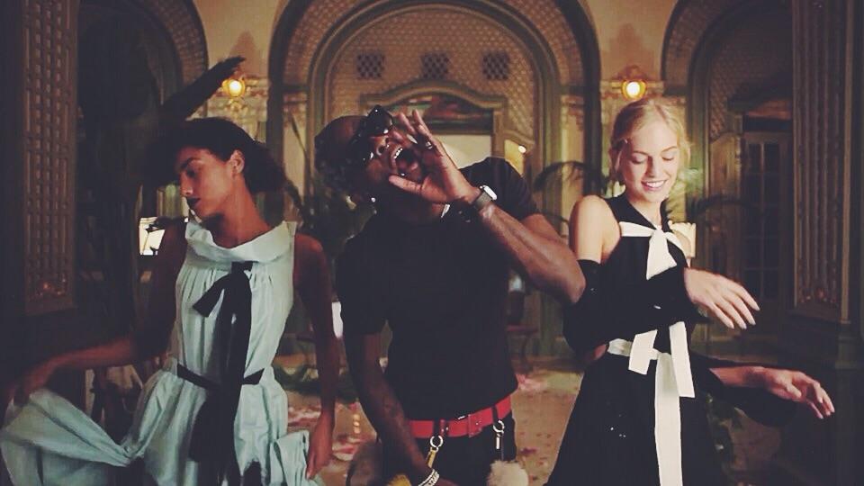 Young Thug et un harem de top-modèles exhibent les looks street style de la Fashion Week de NYC