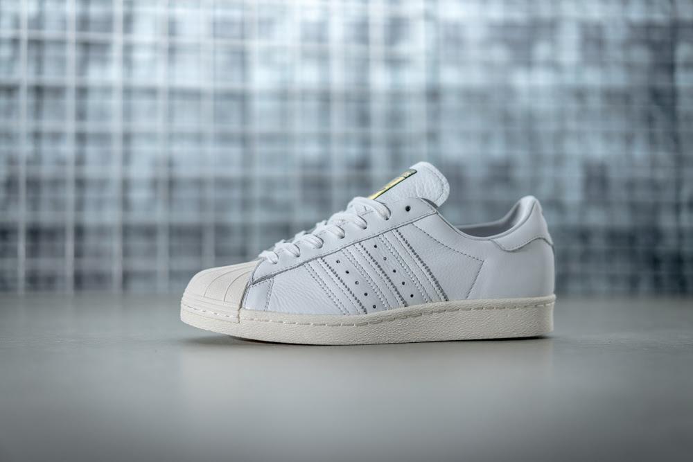 Adidas dévoile un nouveau coloris pour la Superstar 80s Deluxe