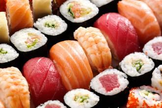 galore_mag_sushi_jan72015