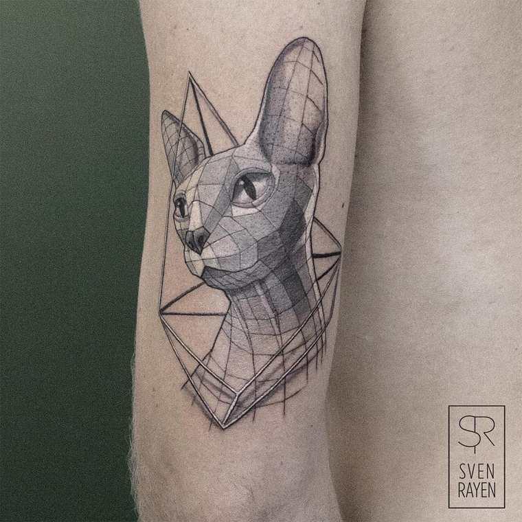 Les tattoos originaux et géométriques de Sven Rayen