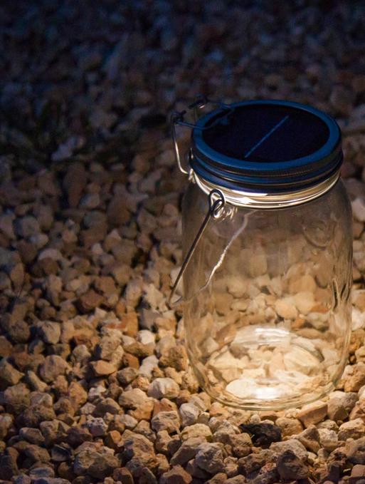 L'incroyable lampe design de Solar Jar