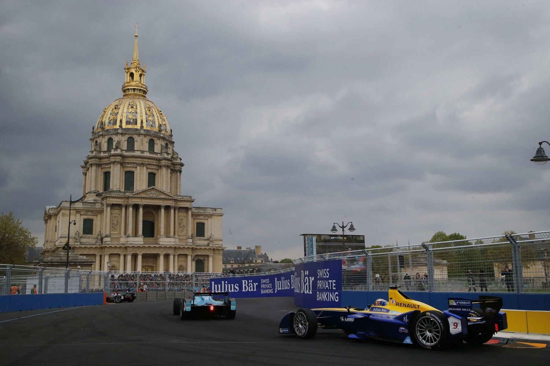 Quand la Formule E électrise les rues de Paris