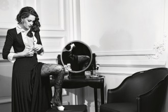 kristen-stewart-chanel-paris-in-rome-campaign-1