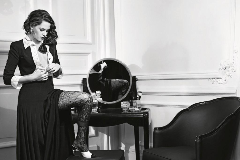Une Kristen Stewart sensuelle dans la nouvelle campagne Chanel