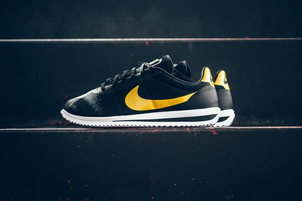 La Nike Cortez Ultra QS va vous piquer en plein coeur
