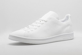 Adidas Originals équipe sa Stan Smith d'un Primeknit Triple White & Black