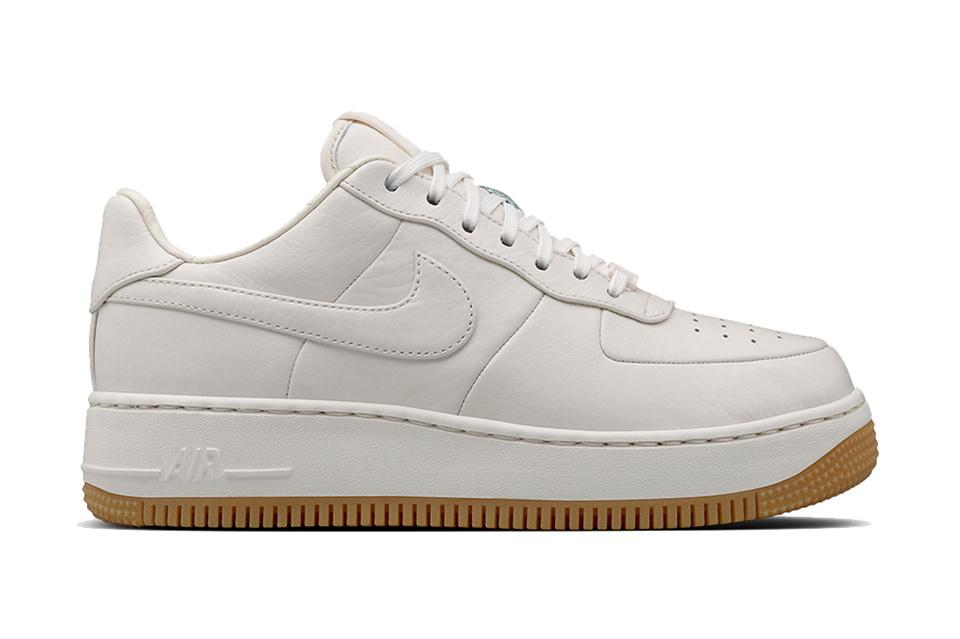 Nike présente de nouvelles Air Force 1 Up Step épurées