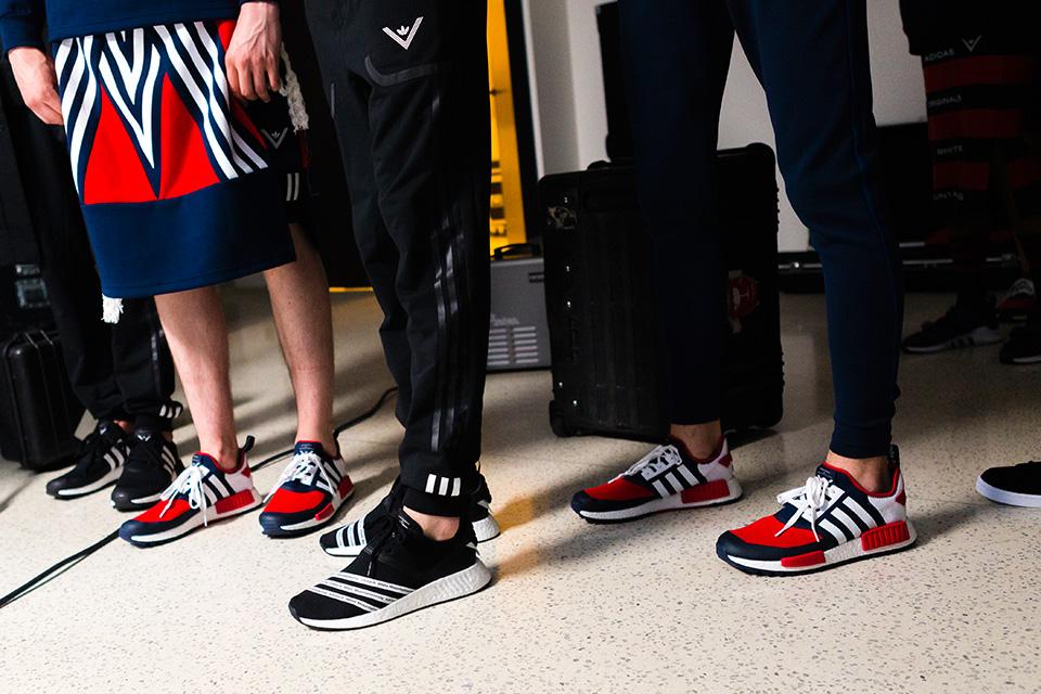 Adidas Originals et White Mountaineering collaborent pour quatre sneakers