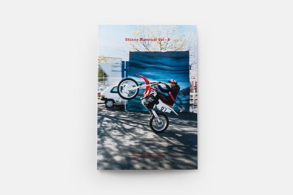 le livre bi-annuel de Stussy arrive bientôt