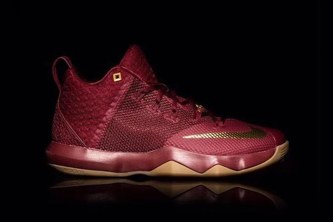Découvrez la toute nouvelle Nike LeBron aux couleurs des Cavaliers !