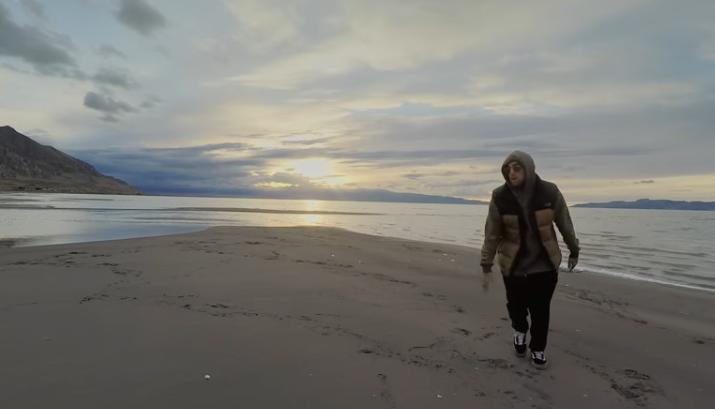 Plaisir visuel et auditif dans le nouveau clip «Stay» par Mac Miller