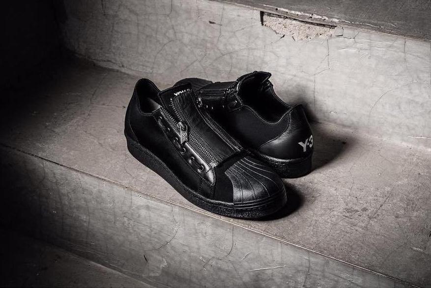Nouvelle version de la adidas Y-3 Super Zip façon «Triple Black»