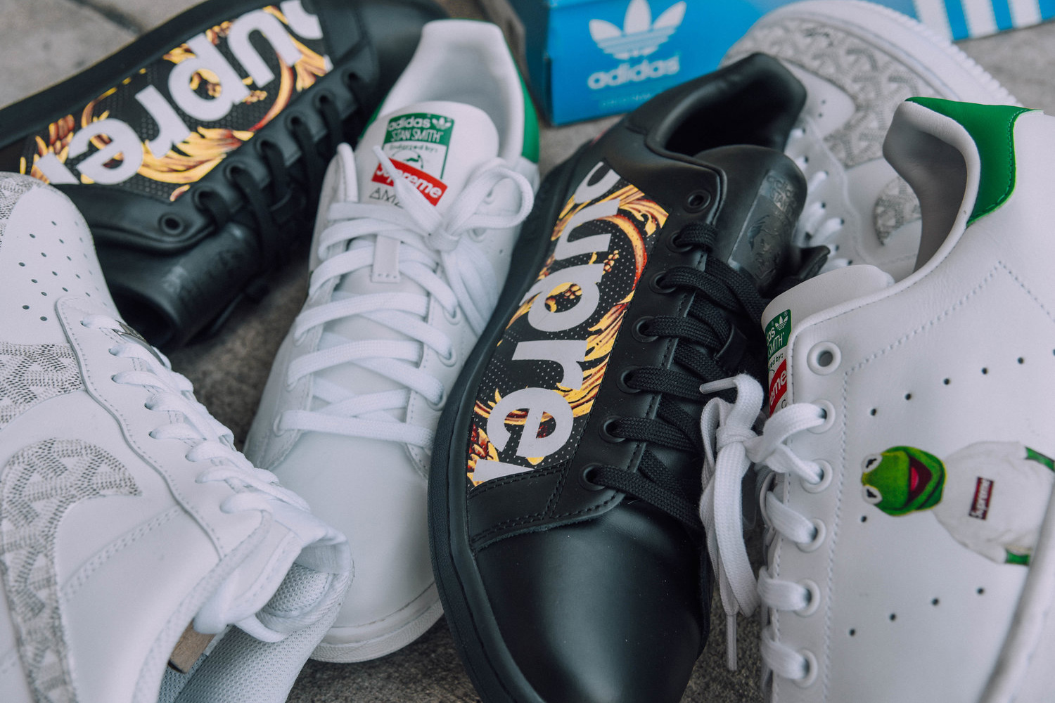 Les Stan Smith et Air Force 1 revisitées en Suprême et Goyard par AMAC Customs