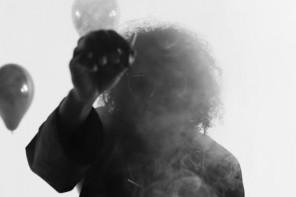 Ab-Soul dévoile le sombre et hypnotique clip de «D.R.U.G.S»